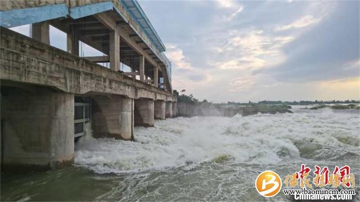 湖北阳新网湖开闸分洪5116人安全转移